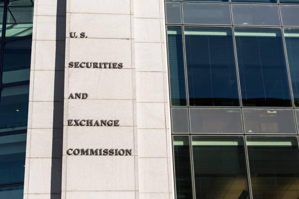investitionen und aktienmarkt watchdog - baugenehmigung stock-fotos und bilder