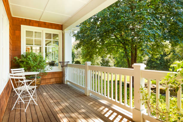 inviting front porch - front view stock pictures, royalty-free photos & images
