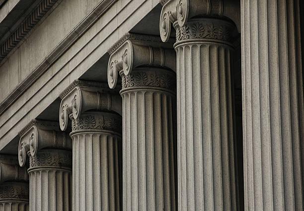 colonnes ioniques - colonne architecturale photos et images de collection