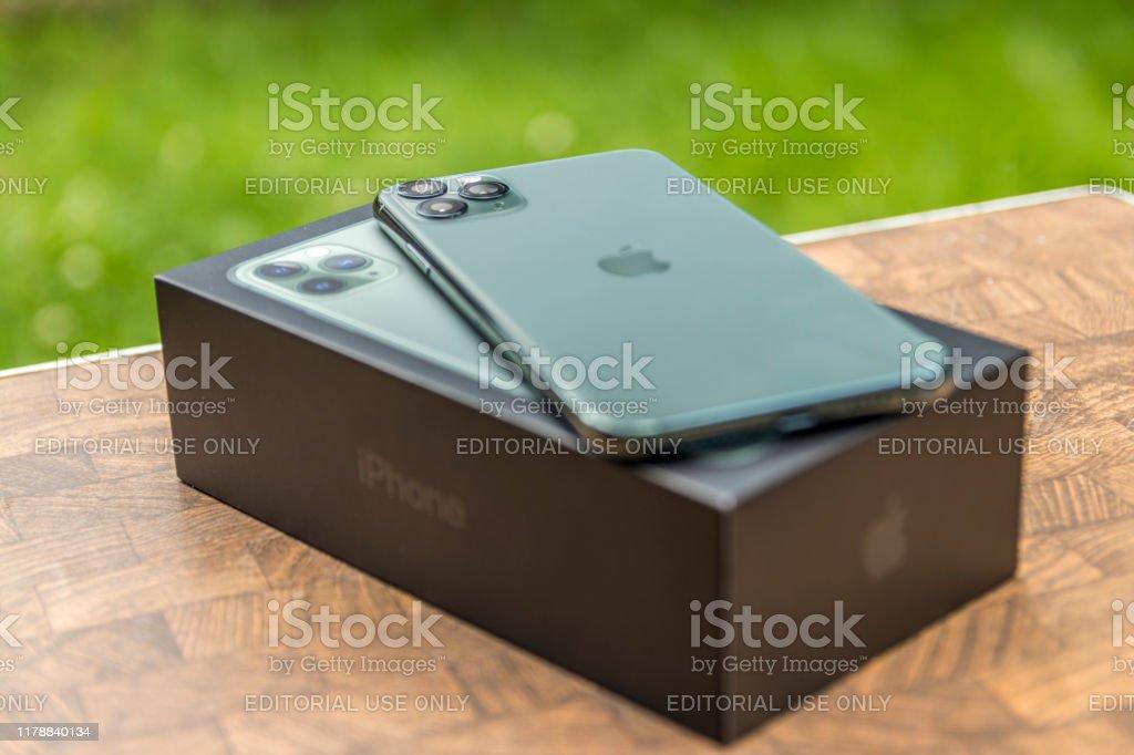 Portland, Oregon / USA - October 2019. iPhone 11 Pro MAX Midnight...