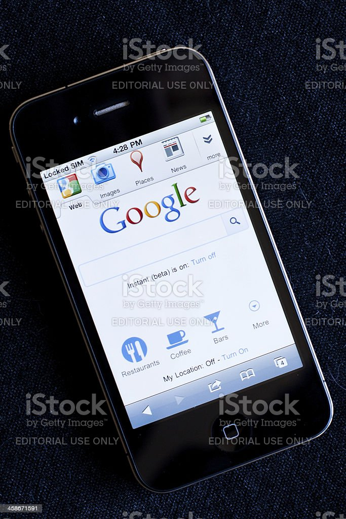 Iphone 4 With Googlecom Homepage Stock Photo - Download Image Now