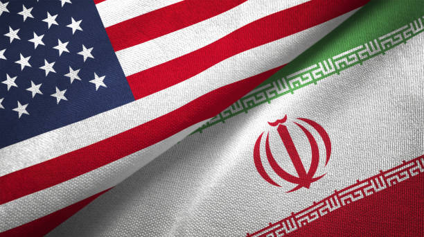 iran und usa zwei fahnen zusammen realations textil tuch stoff textur - iranische stock-fotos und bilder