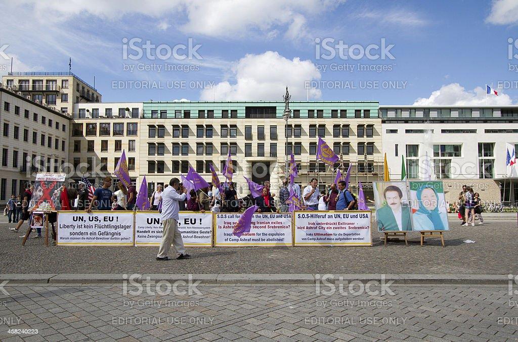 Iraninan protesters in front of US embassy, Parizer platz, Berli royalty-free stock photo