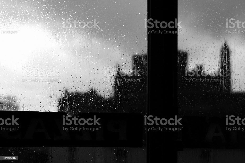 Irland Castle durch Regen eingeweicht Fenster Lizenzfreies stock-foto