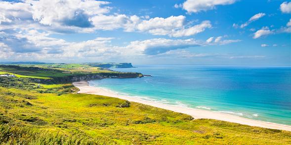 istock Irish landscape in northern Ireland (County Antrim - United Kingdom) 1084548292