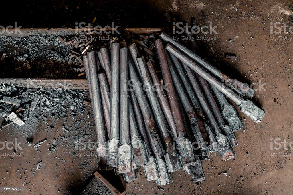 Iron rods on the floor - Foto stock royalty-free di Abilità
