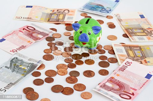 Is the piggy bank a safe investment with minus interest on the bank?