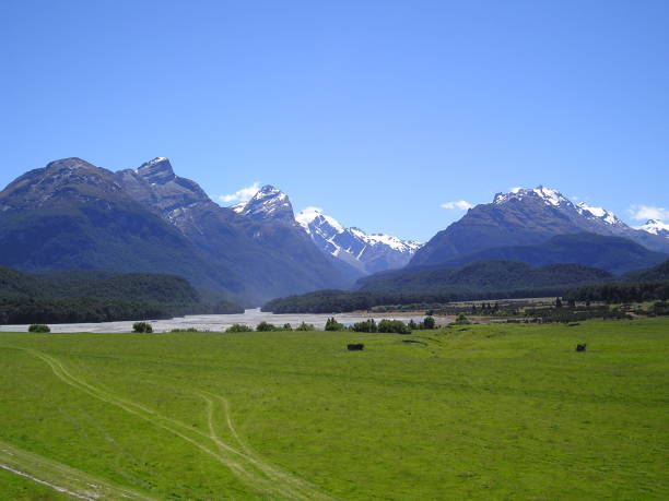 isengard's beautiful land - mcdermp stock pictures, royalty-free photos & images