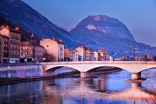 Rivière Isère à Grenoble - Photo