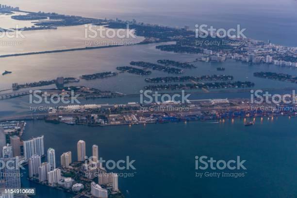 Photo of Island city
