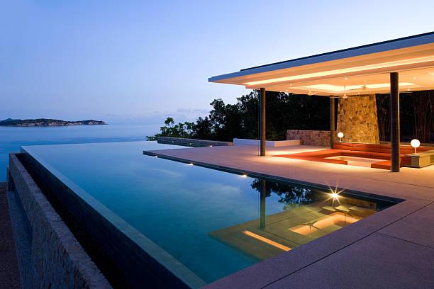 island villa - ferienhaus thailand stock-fotos und bilder