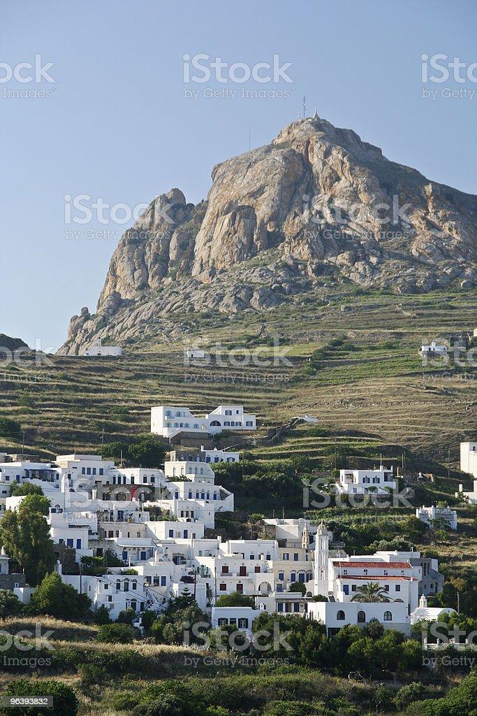 島の村の崖 - カラー画像のロイヤリティフリーストックフォト