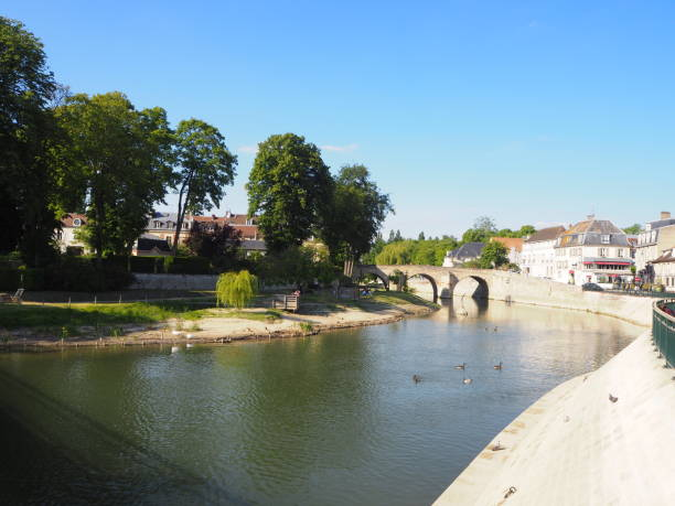 L'isle-Adam, Val d'Oise, France the 16th of May 2020, was the first week end after the lockdown due to Covid crisis and people were enjoying a sunny week end in L'isle Adam, a city on the Oise River near Paris. val d'oise stock pictures, royalty-free photos & images
