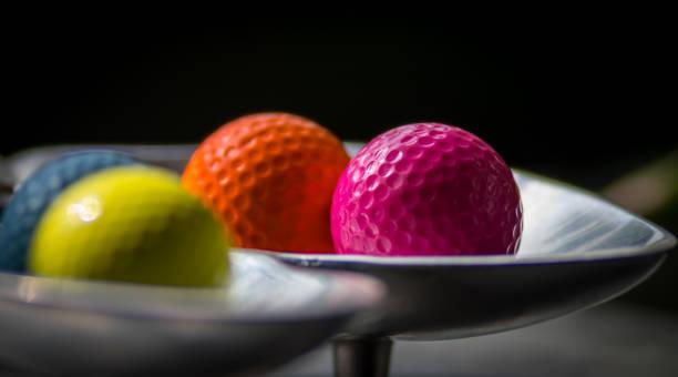查出的五顏六色的高爾夫球圖像檔