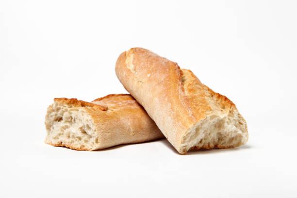 고립 된 프랑스 버 게 트 빵 - 치아바타 빵 뉴스 사진 이미지