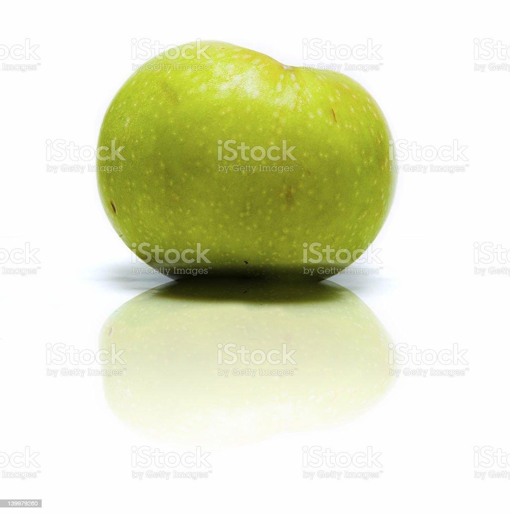 Isolierte grünen Apfel – Foto