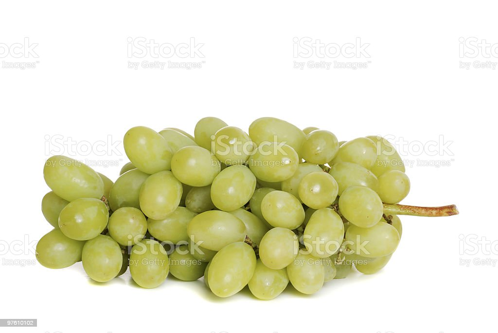 Isolated Green Grape Bunch royaltyfri bildbanksbilder