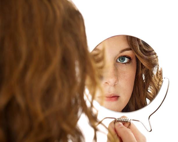 ago-share-brunette-teen