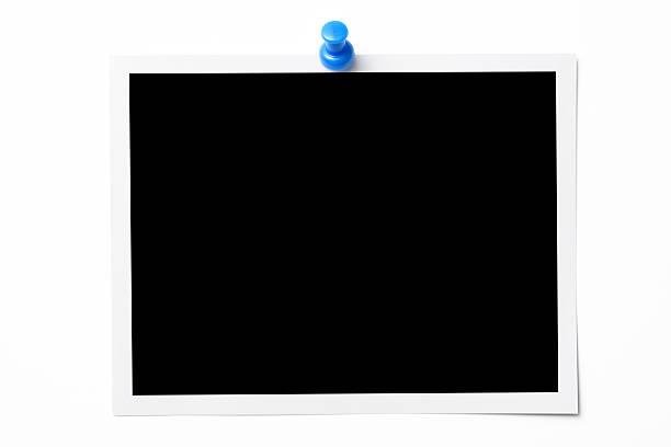 photo isolé sur blanc photo avec punaise sur fond blanc - épingler photos et images de collection