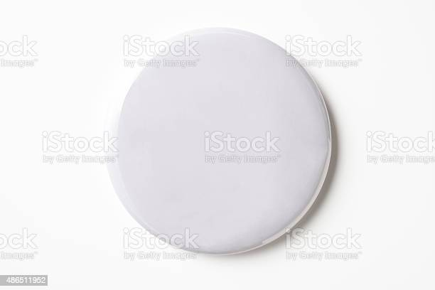 Isolated shot of blank white badge on white background picture id486511952?b=1&k=6&m=486511952&s=612x612&h=kb6wbq8rdohtjkcb5ua 6smltdqqzklaejzaizrwnei=