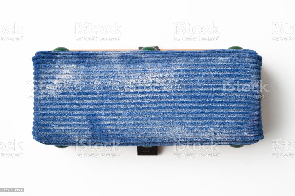 Tiro isolado de eliminador de placa no fundo branco - foto de acervo