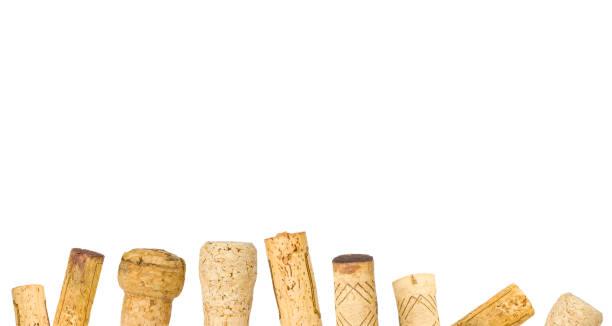 Ausgeeinzelte Weinkorken reihen Design-Vorlage, weißer Hintergrund – Foto
