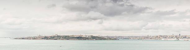 стамбул босфорский и старый город полуостров panorama - каракёй стамбул стоковые фото и изображения