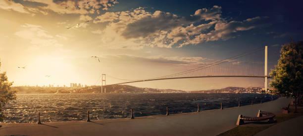 istanbul bosphorus bridge - стамбул стоковые фото и изображения
