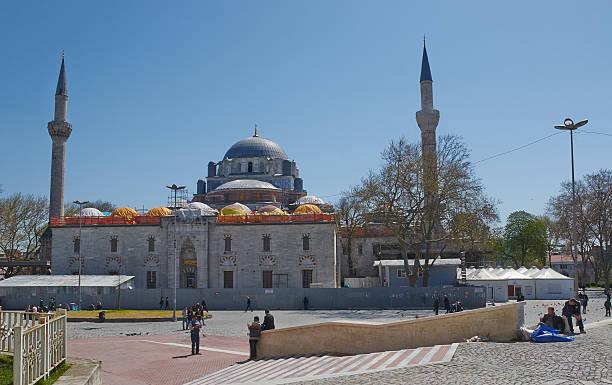 istanbul, turkey, april, 03, 2016, bayezid ii mosque,editorial. - ramadan 2016 datum stock-fotos und bilder