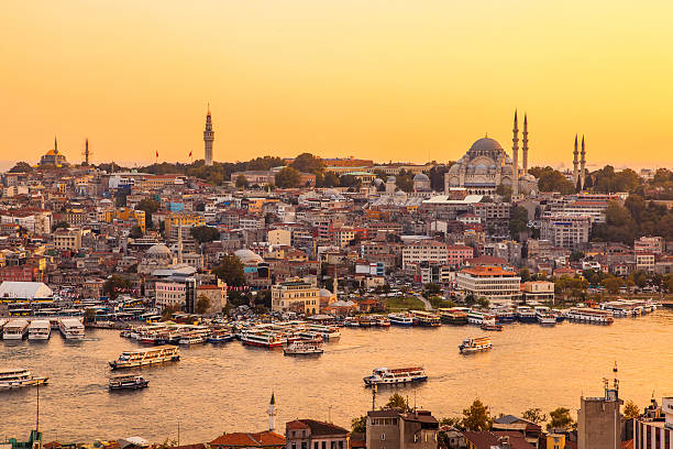 istanbul, turkey, view on golden horn bay from galata tower - eminonu district stockfoto's en -beelden