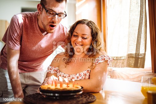 istock it is her bday 1095874174