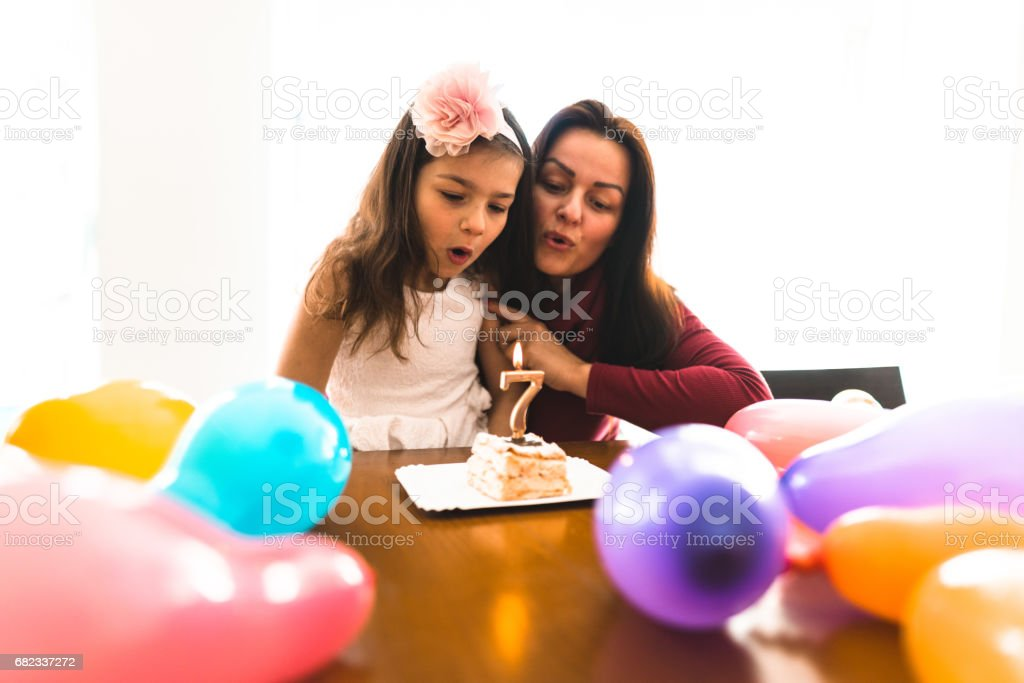 it is the birthday of the daughter foto stock royalty-free