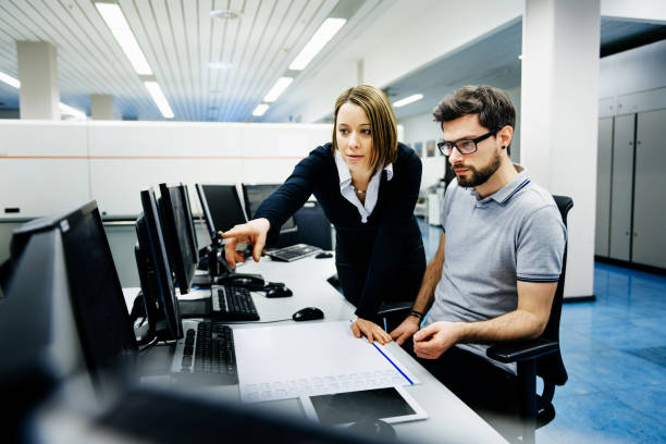 it professionals in control room - cyber security stock pictures, royalty-free photos & images