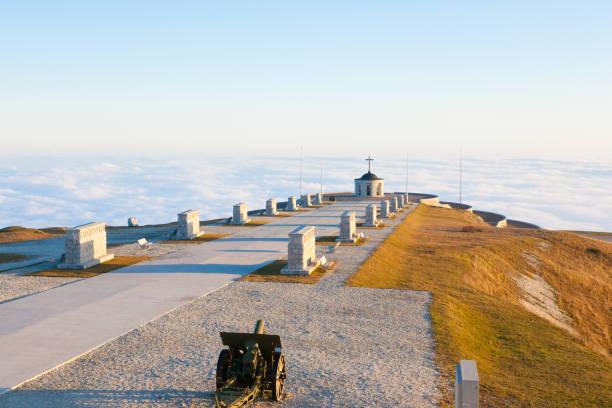 Italian alps landmark. First world war memorial - foto stock