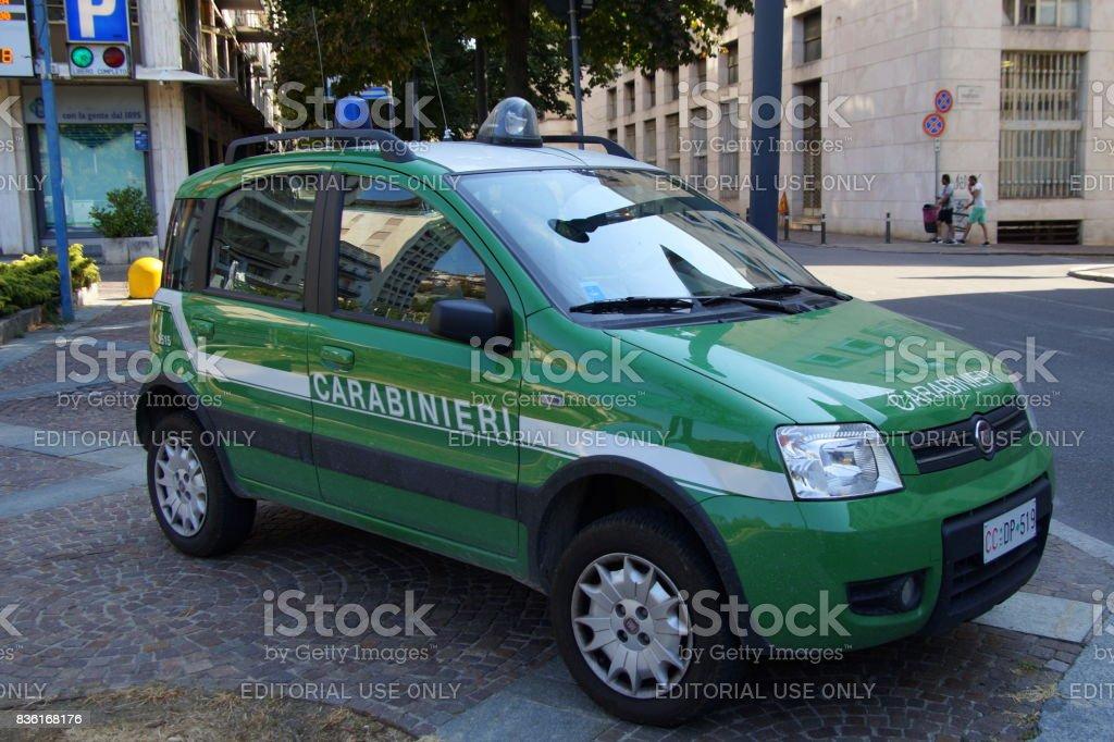 voiture fiat panda de police italien carabinieri photos et plus d 39 images de cadrage en pied. Black Bedroom Furniture Sets. Home Design Ideas
