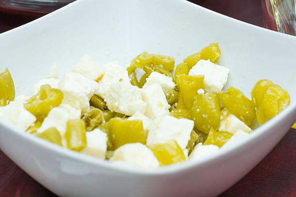 formaggio di italiano (salva cremasco) con peperoni (tighe) - bresaola foto e immagini stock