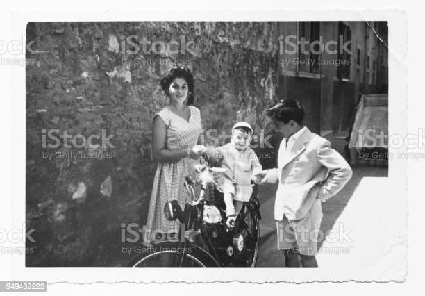 Italian cousins in 1952 picture id949432222?b=1&k=6&m=949432222&s=612x612&h=qsahxmwgshz626soe5qlryo6ftoqt4c1dddai2jknkg=