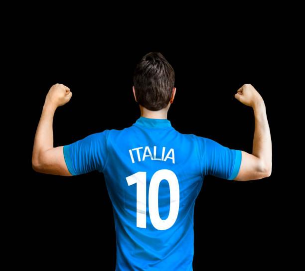 fã italiano / jogador comemorando - foto de acervo