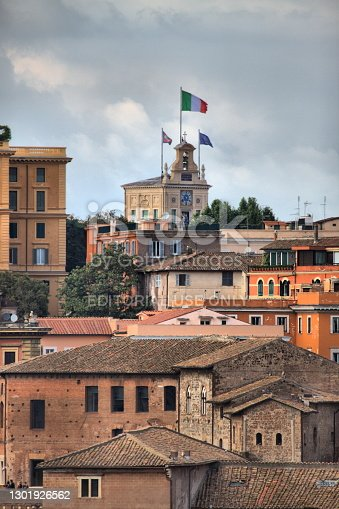 istock Italian flag blowing in the wind on Quirinale Palace 1301926562