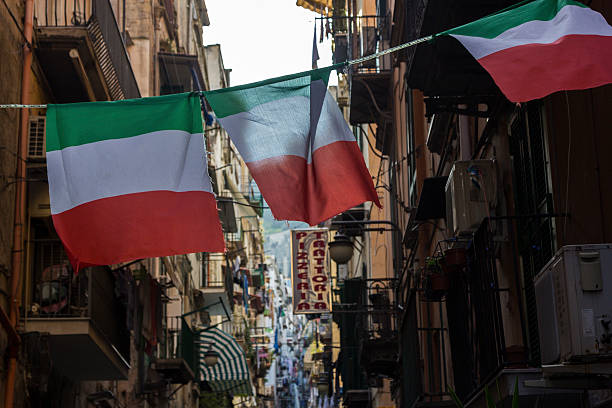Italienische Flaggen in Neapel, Italien – Foto