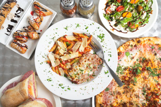 comida italiana herói buffet smorgasbord foto - comida italiana - fotografias e filmes do acervo