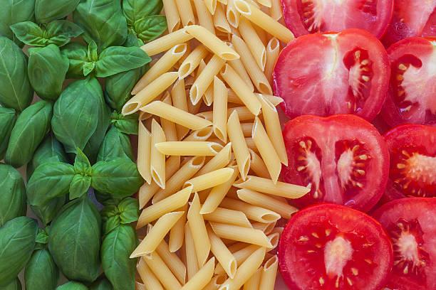 comida italiana com fundo - comida italiana - fotografias e filmes do acervo
