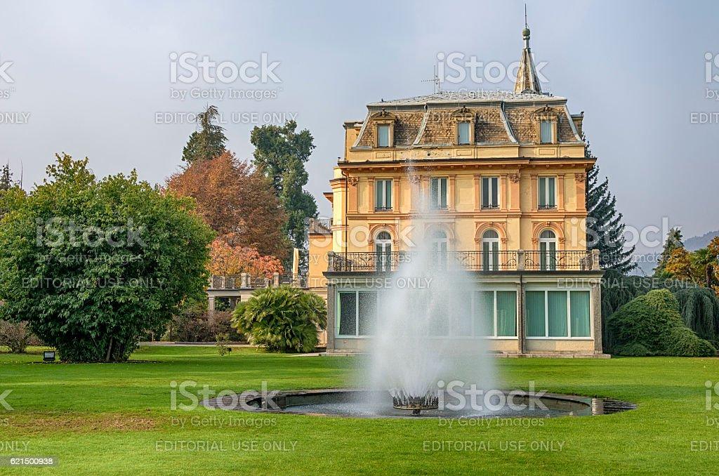 Italian garden in Autumn Lizenzfreies stock-foto