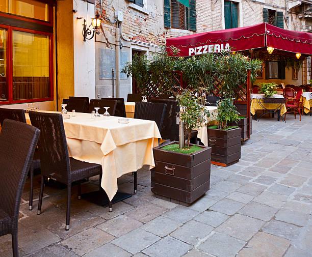 italian pizzeria - pizzeria stock photos and pictures