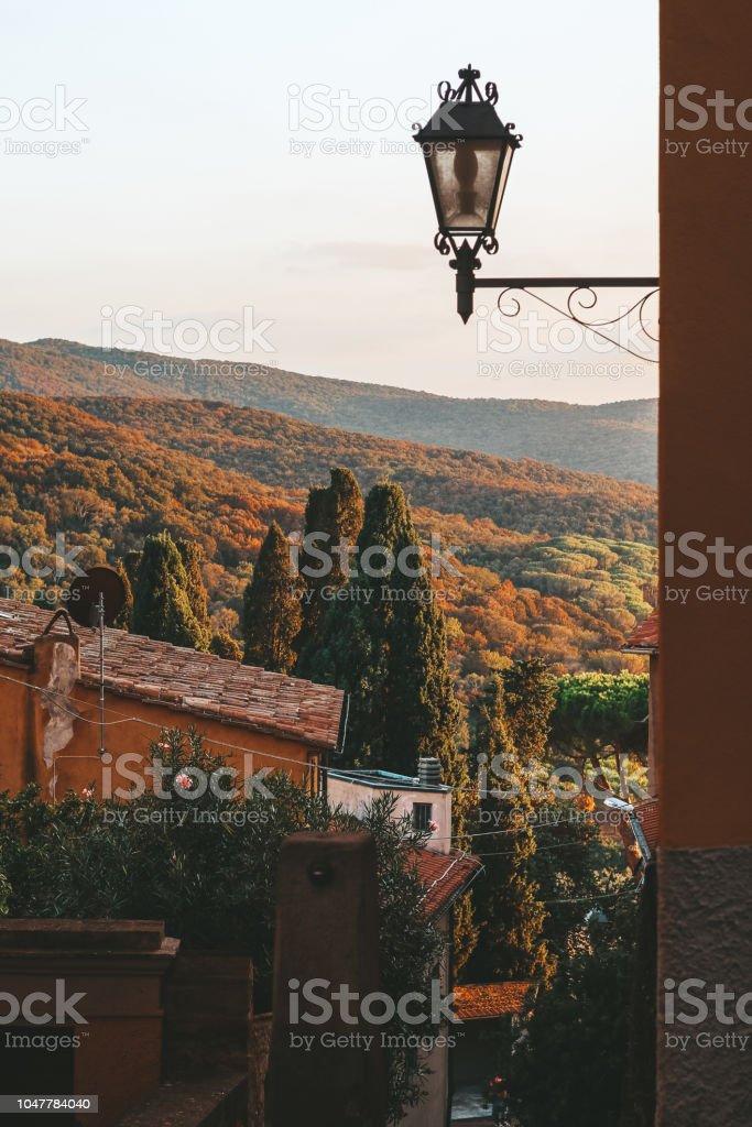 Italian summertime within Tuscany - foto stock