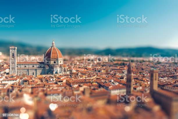 Italian town with tiltshift effect picture id931408244?b=1&k=6&m=931408244&s=612x612&h=9hskcji3 n7qgo2cu1kka2nscihiru slza7knqszpo=