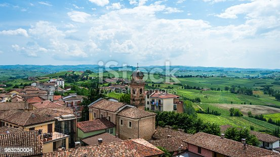 This is a view of Agliano (Asti) from a touristic point of view easy to reach.