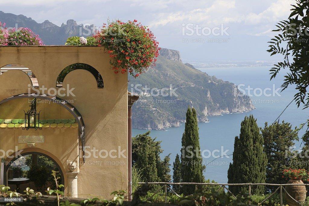 Italian Villa View 免版稅 stock photo