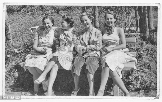 istock Italian women friends in 1934 941488102