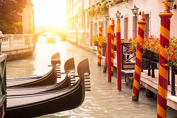Italien gondeln in Venedig – Foto